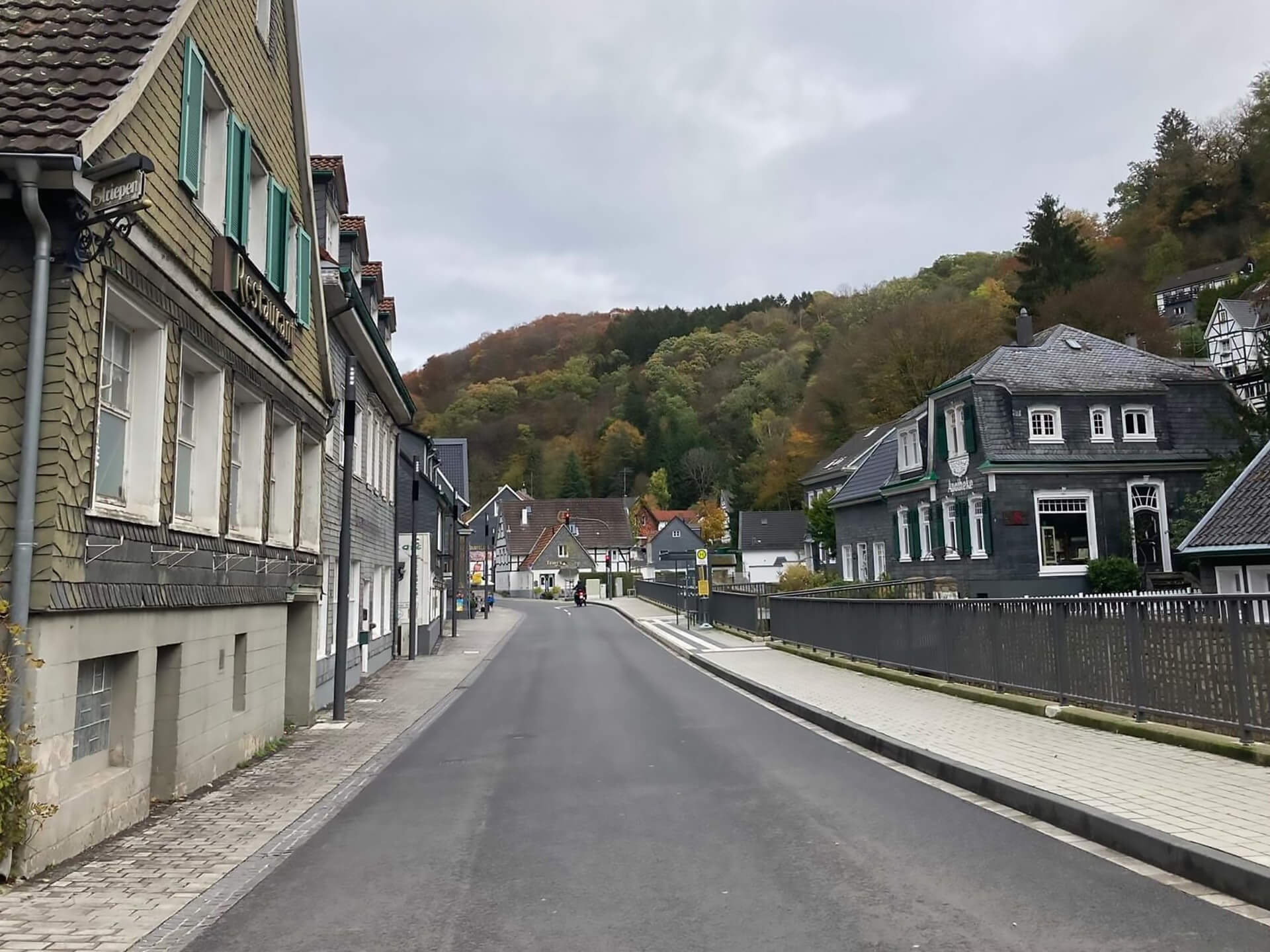Umbau Eschbachstrasse in Solingen Burg Oktober 2020